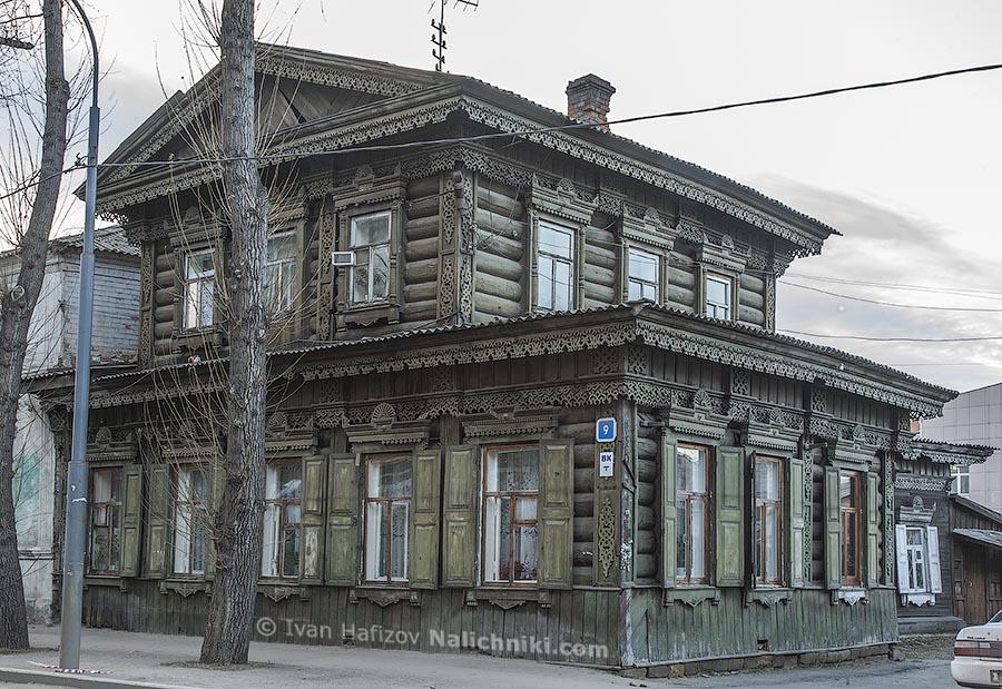 Иркутский деревянный дом красоты необыкновенной
