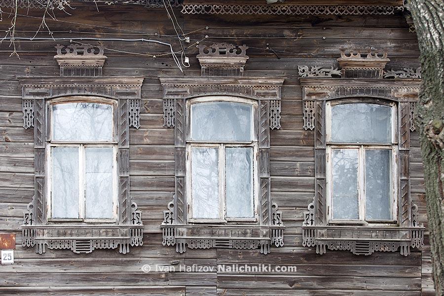Наличники на окнах города Кимры