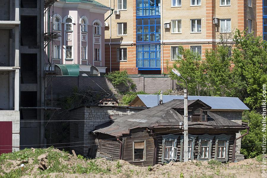 Дом с наличниками в Казани