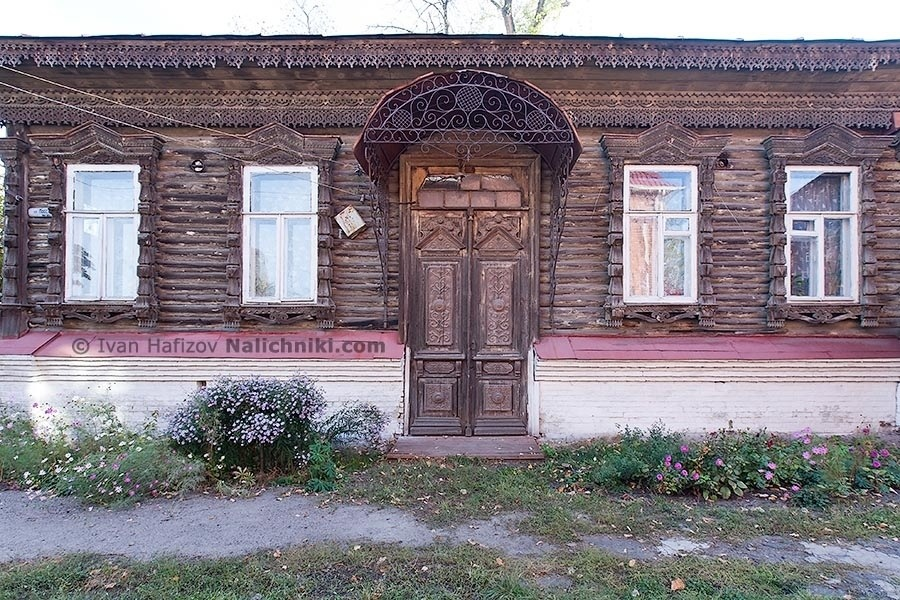 The facade of the house with carved wood in Borisoglebsk town in Voronez area