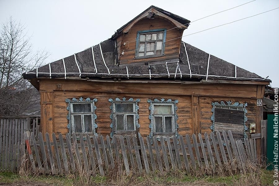 The crooked wooden house at Tverskoy area in Kimry
