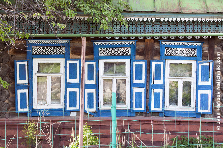 Carved windows frames in Kazan city (Nalichniki)