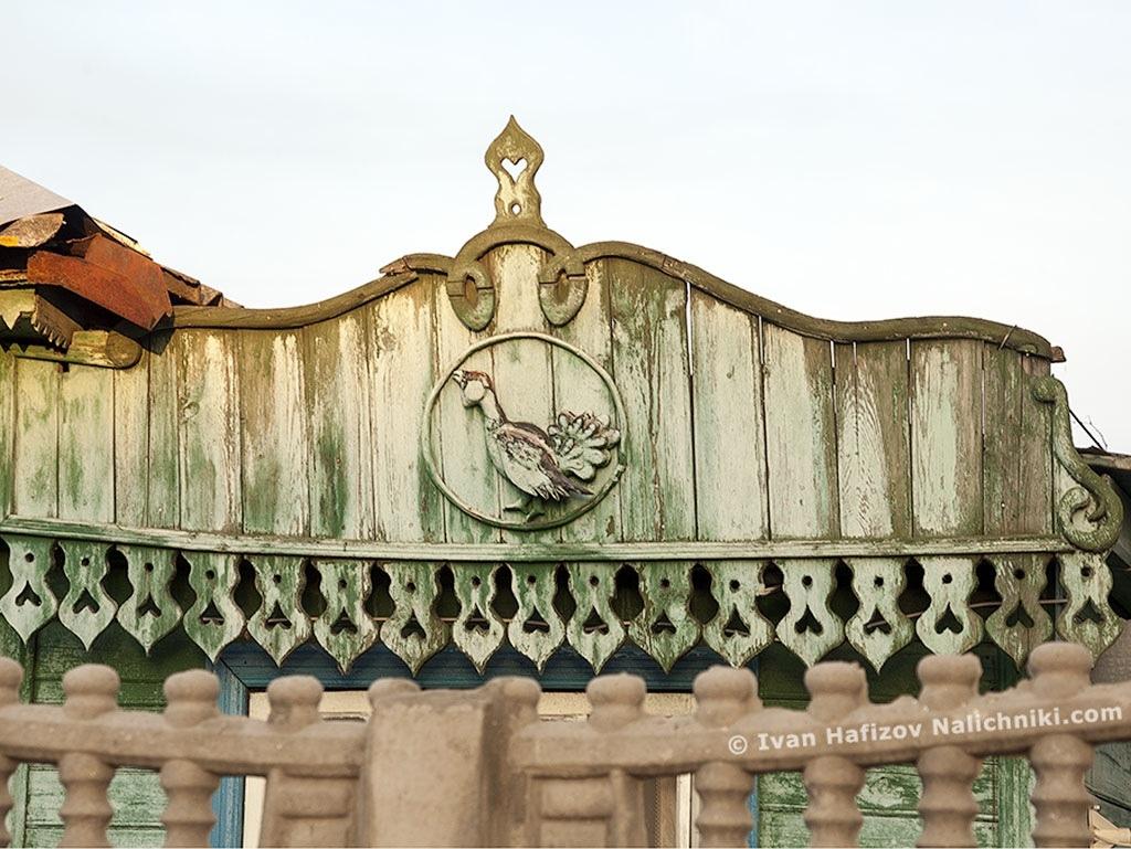 пример украшения деревянного дома своими руками