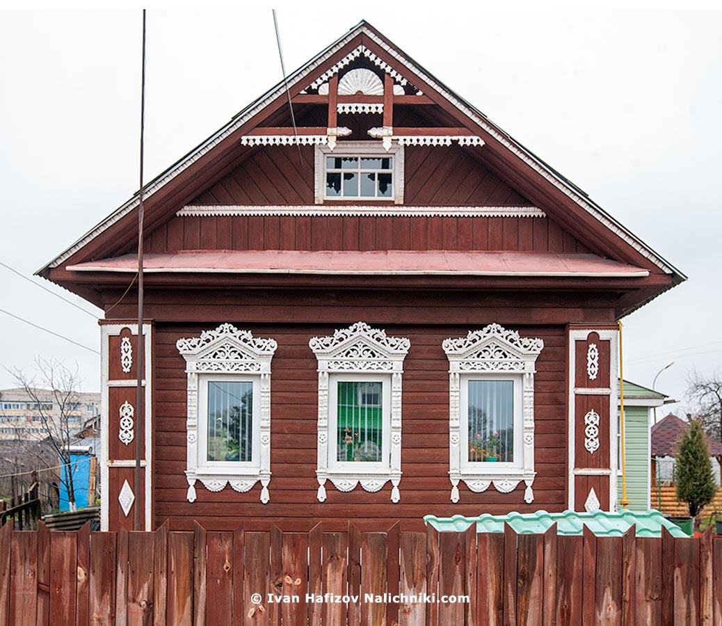 Резной деревянный дом из Гаврилова Яма