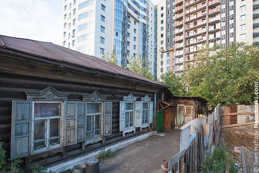 A wooden house in Novosibirsk