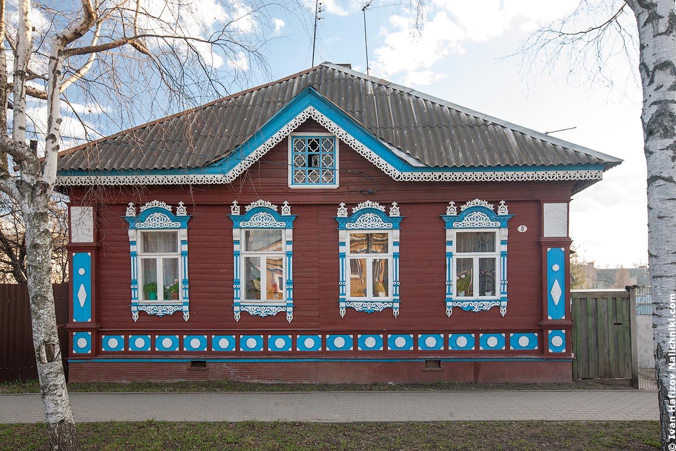 Резной деревянный дом из Углича