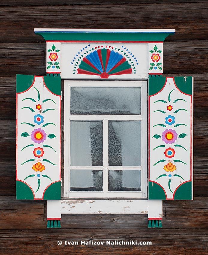 Традиционный русский наличник из деревни Нижняя Синячиха