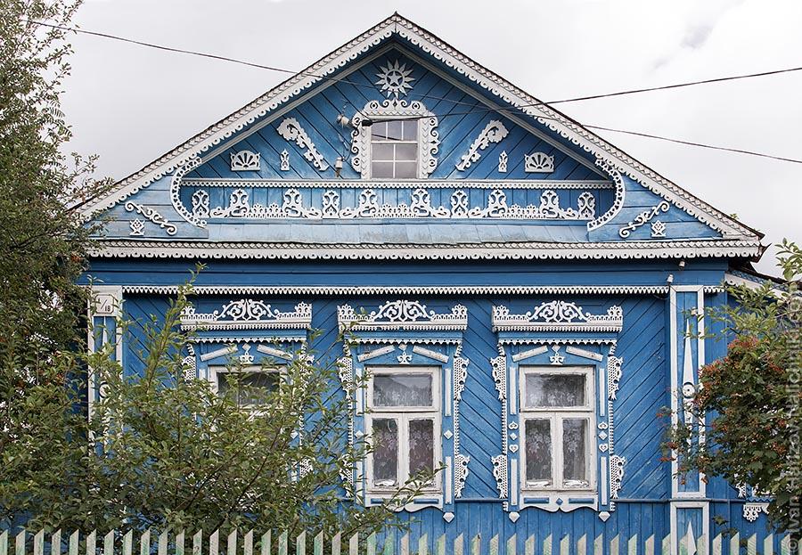 Резной деревянный дом в Вязниках