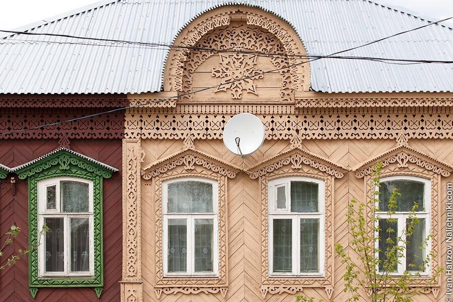 украшение дома деревянной резьбой в Спасске-Рязанском
