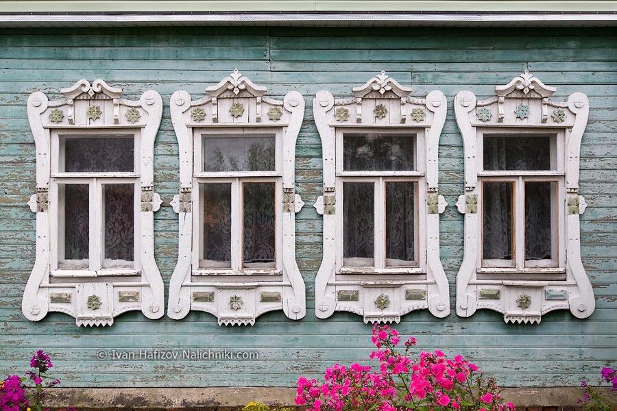 Деревянный (деревенский) модерн: Орехово-Зуево, наличники.
