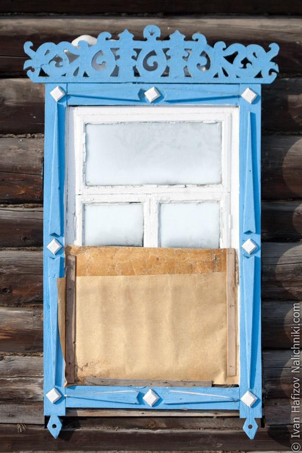 Резной оконный деревянный наличник