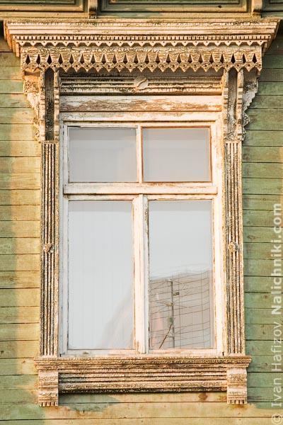 Резной оконный наличник Челябинска