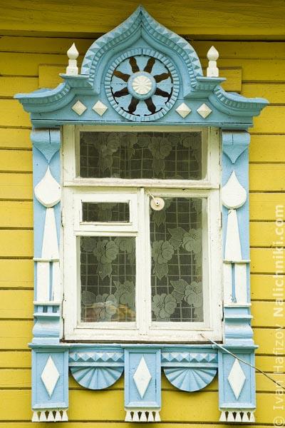 Резной оконный наличник Поселка Борисоглебского