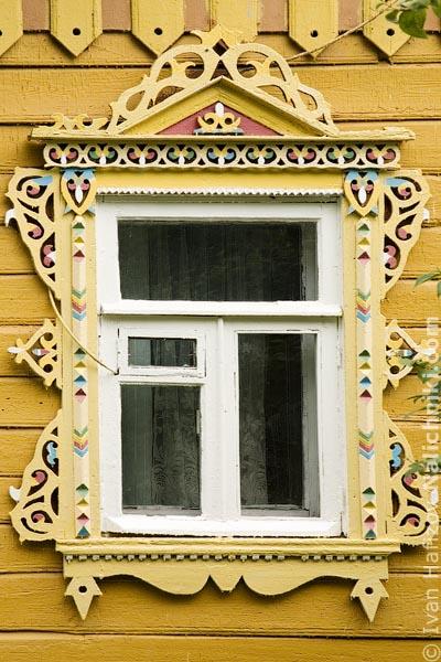 Дмитровский оконный наличник