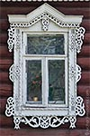 Traditional Russian wooden window frames (Nalichniki). Vereya, Moscow oblast. Click to enlarge.